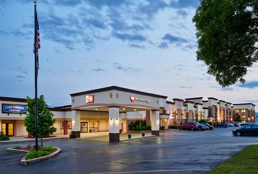 Best Western Plus Milwaukee Airport Hotel & Conference Center - Vista exterior