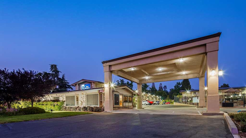 Best Western Golden Key - Book your room today at the Golden Key and be minutes from downtown Auburn, CA!