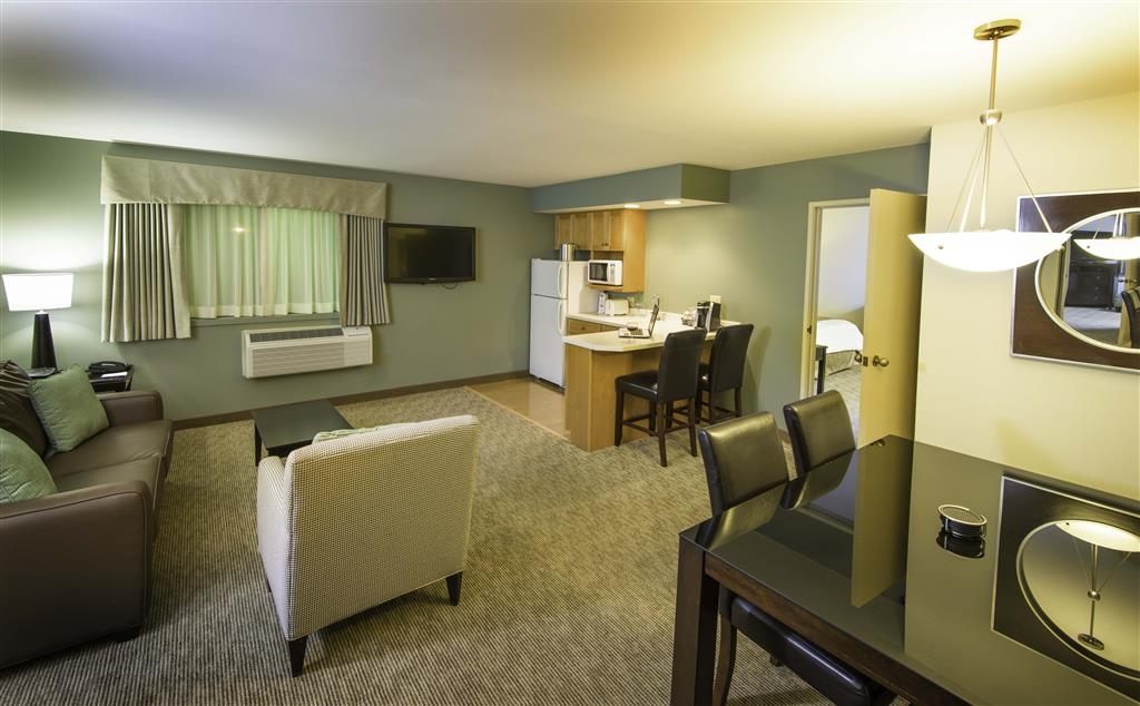 Best Western Plus InnTowner Madison - Cuarto de Huésped