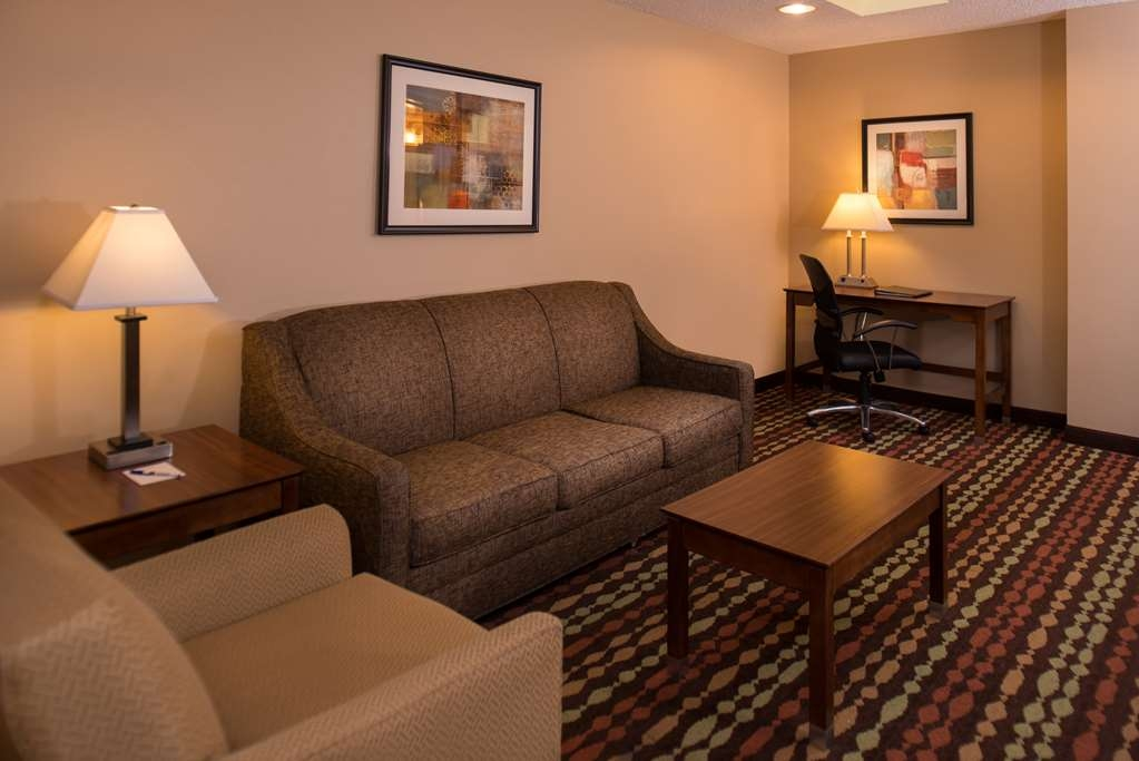 Best Western Ambassador Inn & Suites - There's room for entertaining in the two room Queen suite.