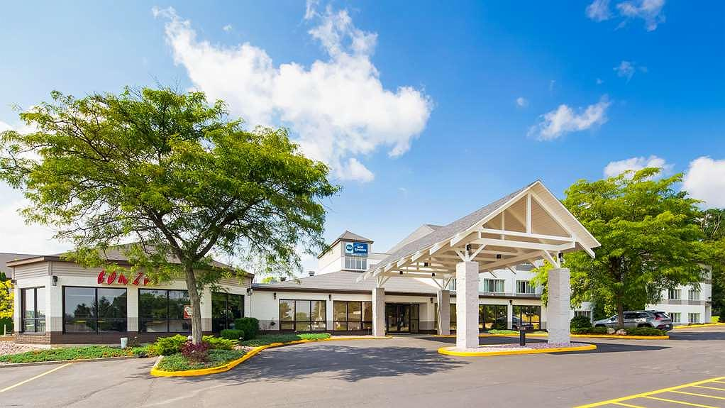 Best Western Baraboo Inn - Welcome to the Best Western Baraboo Inn!