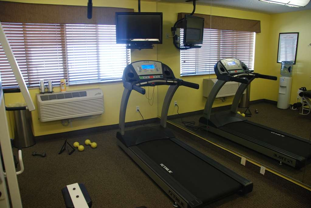 Best Western Baraboo Inn - Our complimentary fitness room is equipped with an elliptical machine, treadmill, stationary bicycle, and multi-purpose weight machine.