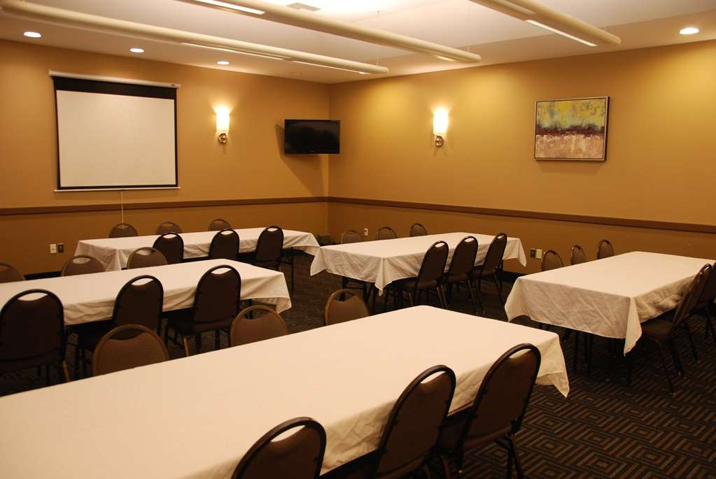 Best Western Baraboo Inn - Audio/Visual capabilities and catering are available to make your meeting successful.