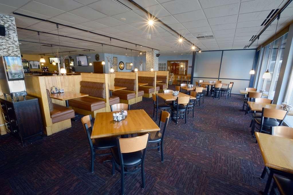 Best Western Riverfront Inn - Breakfast Area/ Dining room