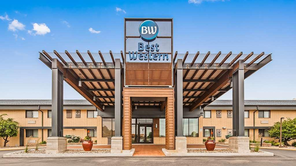 Best Western West Towne Suites - Area esterna