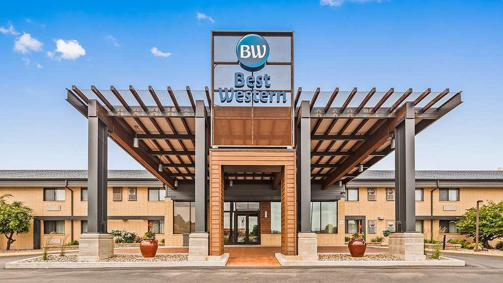Best Western West Towne Suites - Aussenansicht