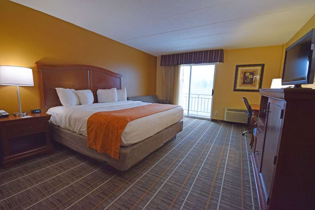 Best Western Resort Hotel & Conference Center - Your comfort is our first priority. In our King guest rooms, you will find that and much more. Accessible rooms are also available.