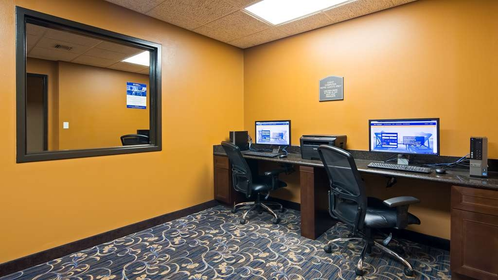 Best Western Resort Hotel & Conference Center - Our business center is available to help your prepare travel itineraries, send emails or browse the web.