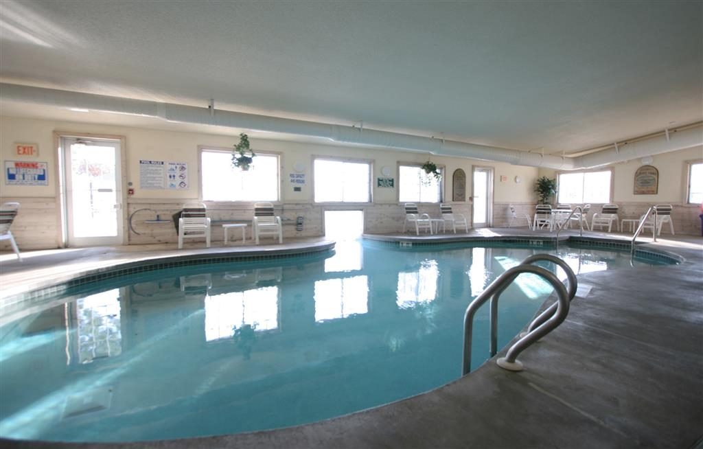 Best Western Dodgeville Inn & Suites - Indoor Swimming Pool