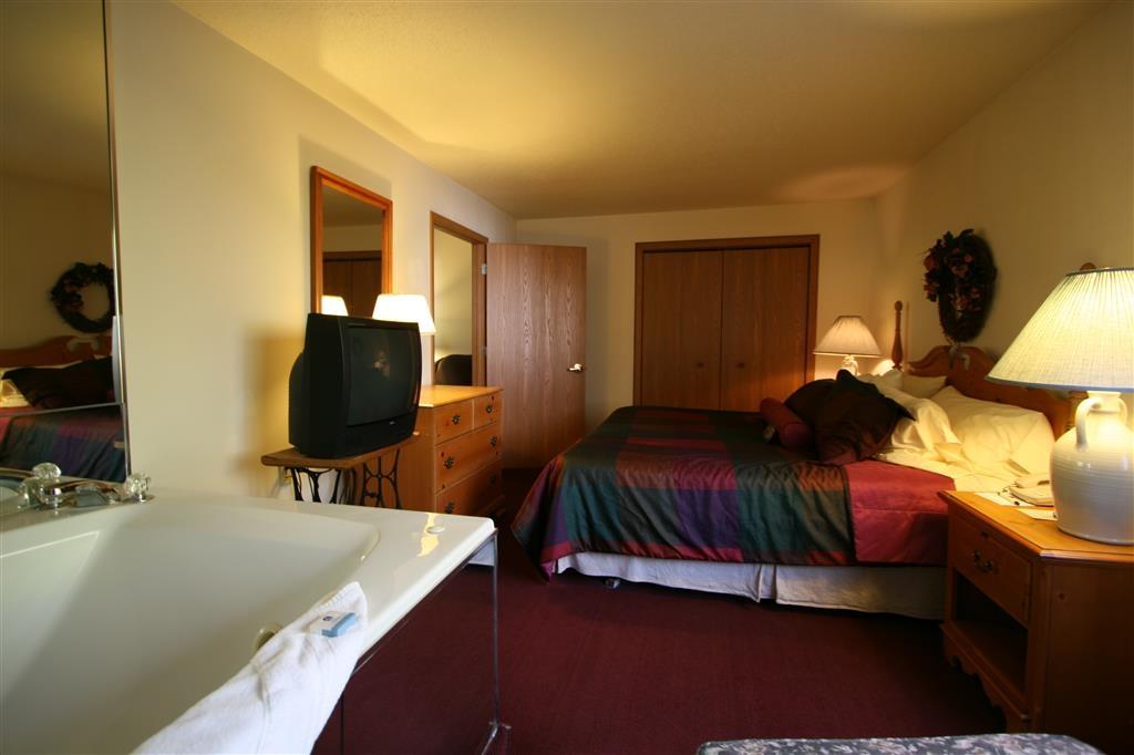Best Western Dodgeville Inn & Suites - Whirlpool Suite