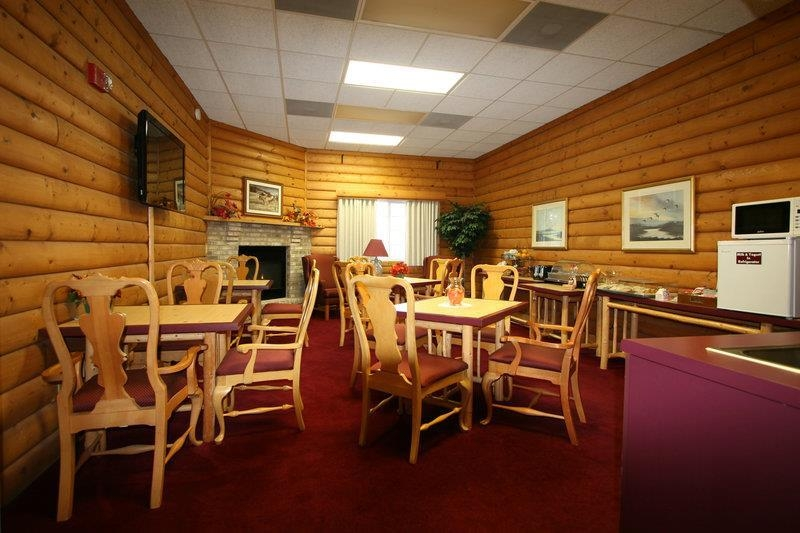 Best Western Dodgeville Inn & Suites - Breakfast Area