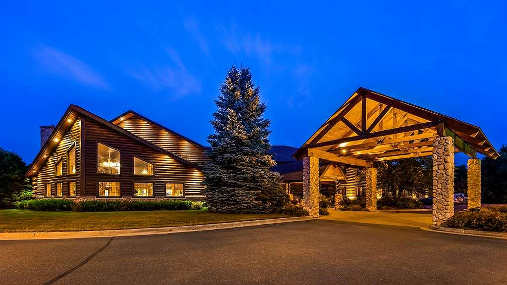 Best Western Northwoods Lodge - Exterior view