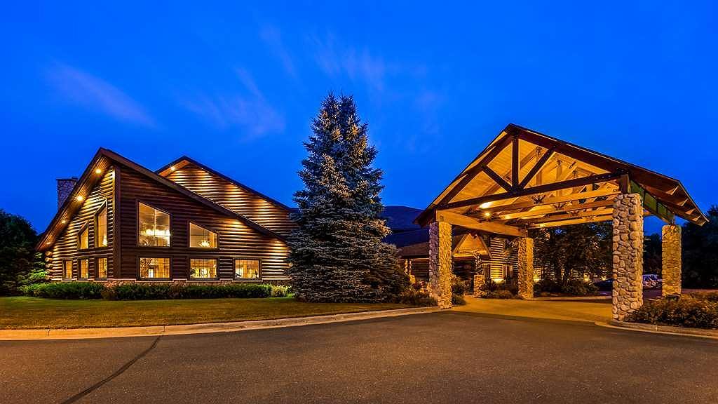 Best Western Northwoods Lodge - Aussenansicht