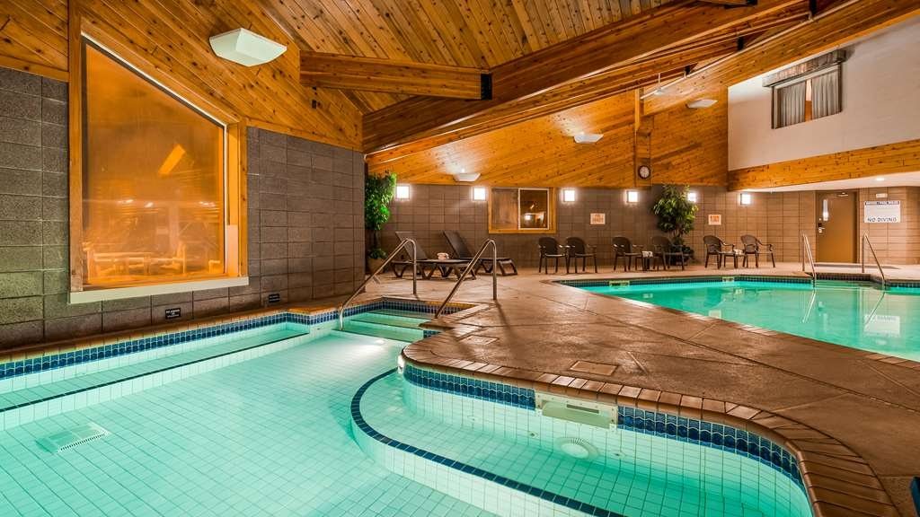 Best Western Northwoods Lodge - Don't let the weather stop you from jumping in our indoor pool is heated year-round for you and your friends.