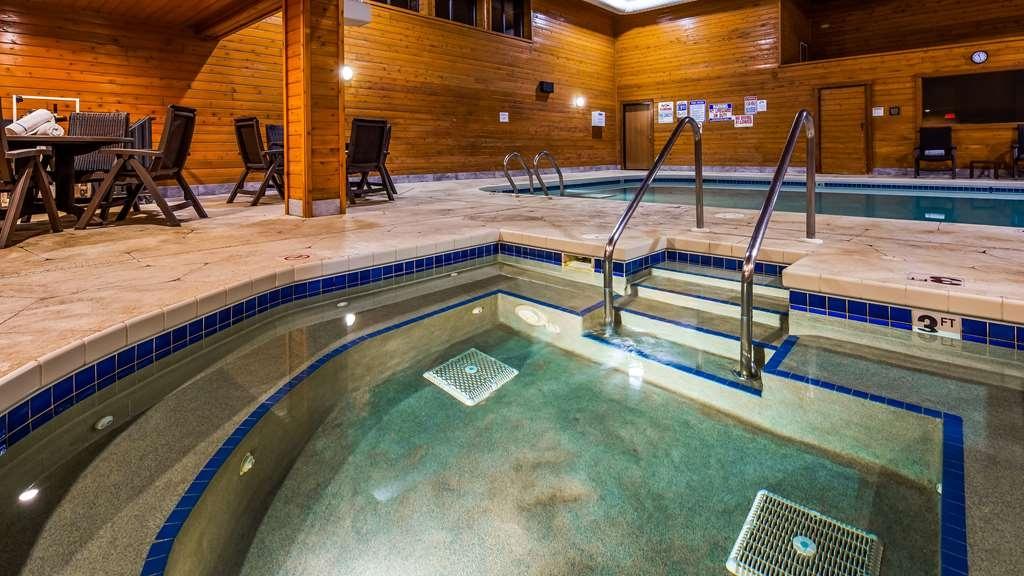 Best Western Park Oasis Inn - Pool