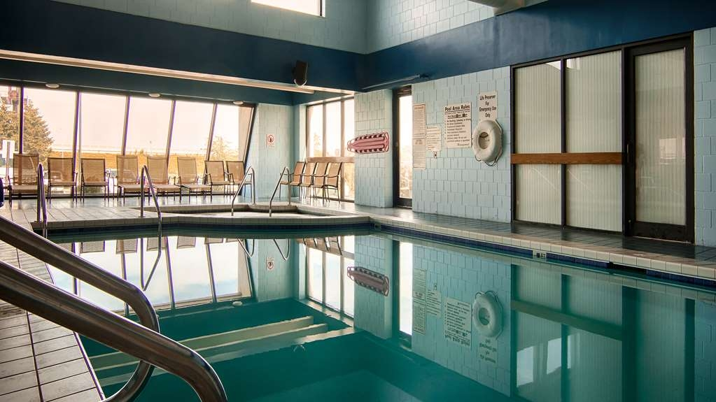 Best Western Executive Inn - Never let the weather deter you from enjoying a swim in our indoor heated pool.