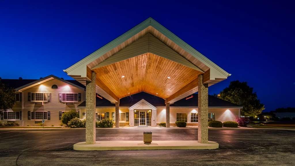 Best Western Stanton Inn - Facciata dell'albergo