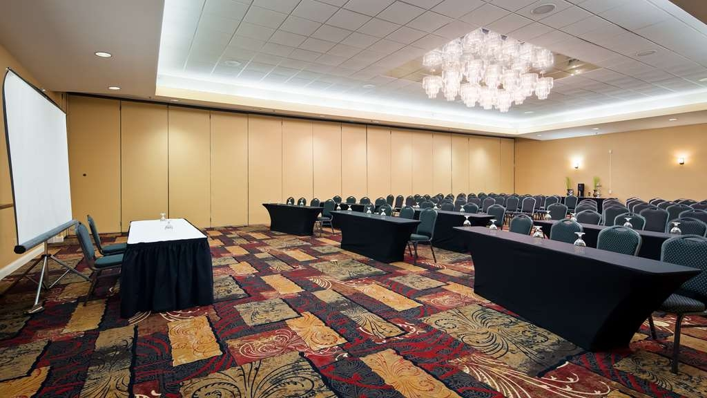 Best Western Plus Eau Claire Conference Center - Need to schedule a meeting for business? We have space available for you and your clients.