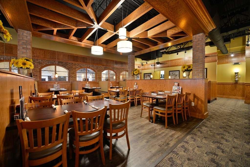 Best Western Premier Bridgewood Resort Hotel - Restaurante/Comedor