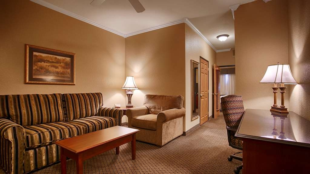 Best Western Premier Bridgewood Resort Hotel - vestíbulo-característica