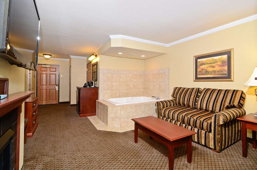 Best Western Premier Bridgewood Resort Hotel - Suite