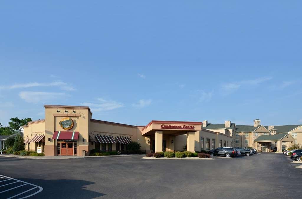 Best Western Premier Bridgewood Resort Hotel - Vista Exterior