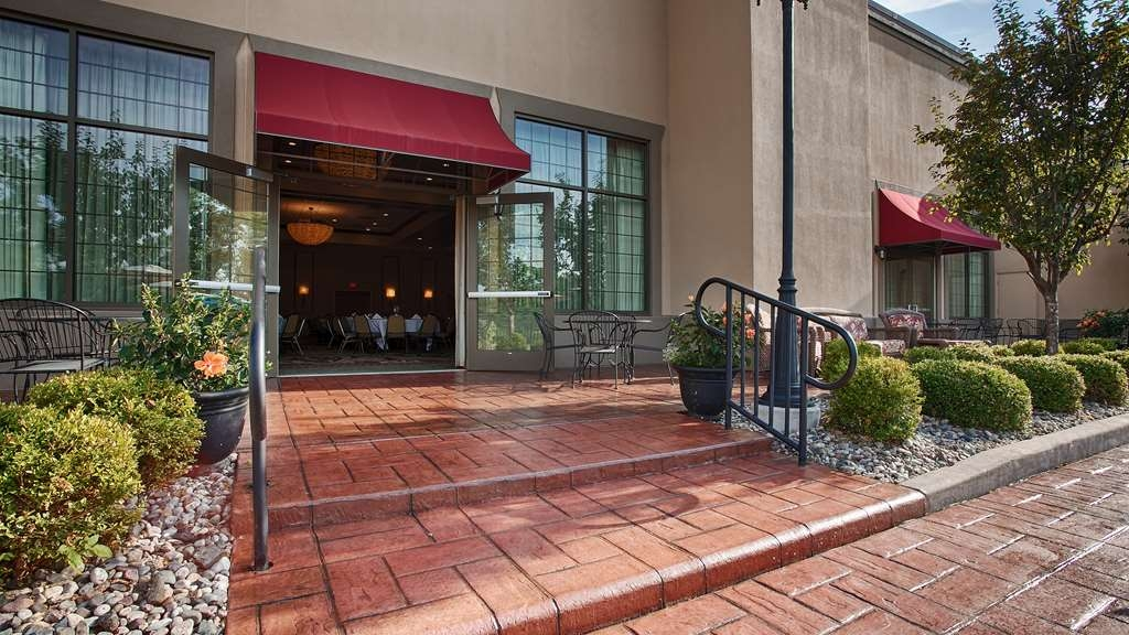 Best Western Premier Bridgewood Resort Hotel - salón de baile