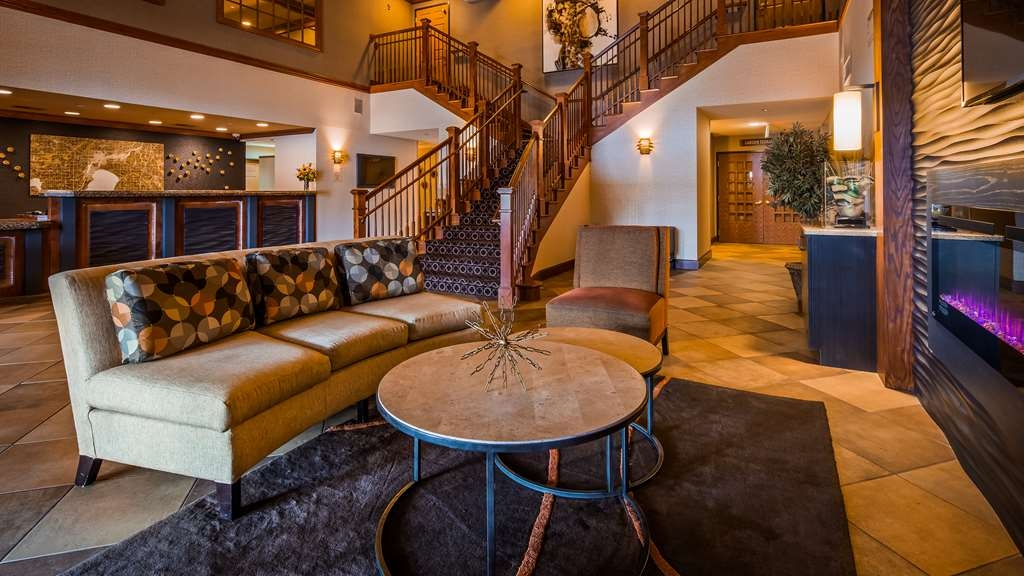 Best Western Premier Bridgewood Resort Hotel - Vista del vestíbulo