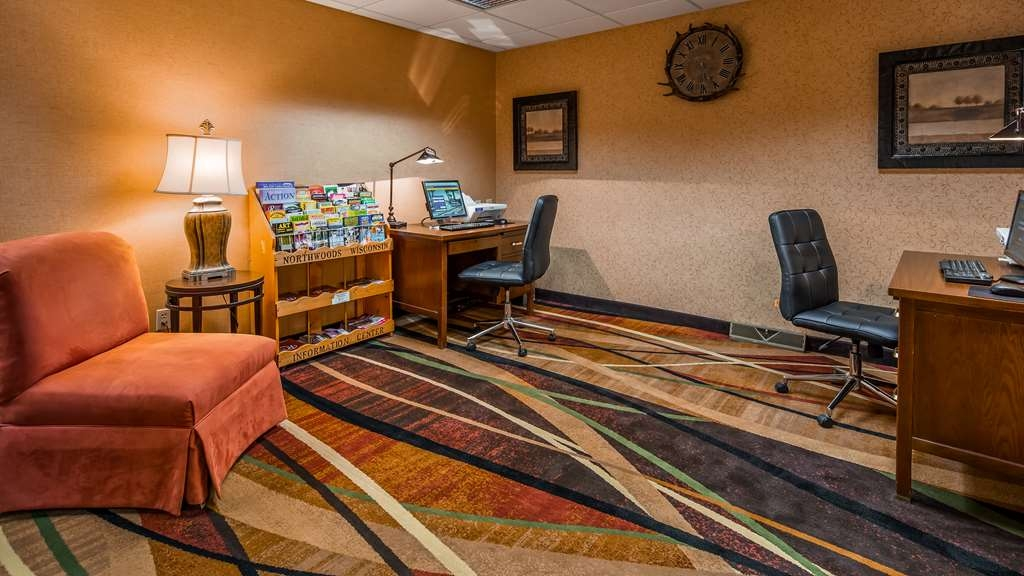 Best Western Plus Concord Inn - Free high-speed Internet and printer capabilities are available for you in our business center.