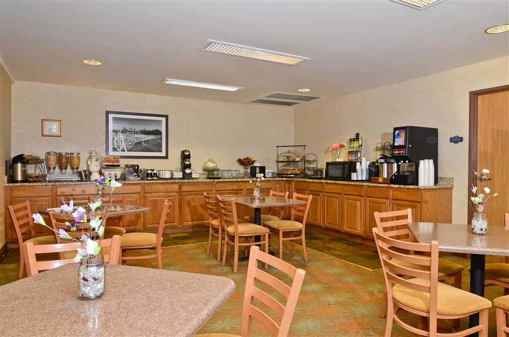 Best Western Wittenberg Inn - Frühstücksbereich