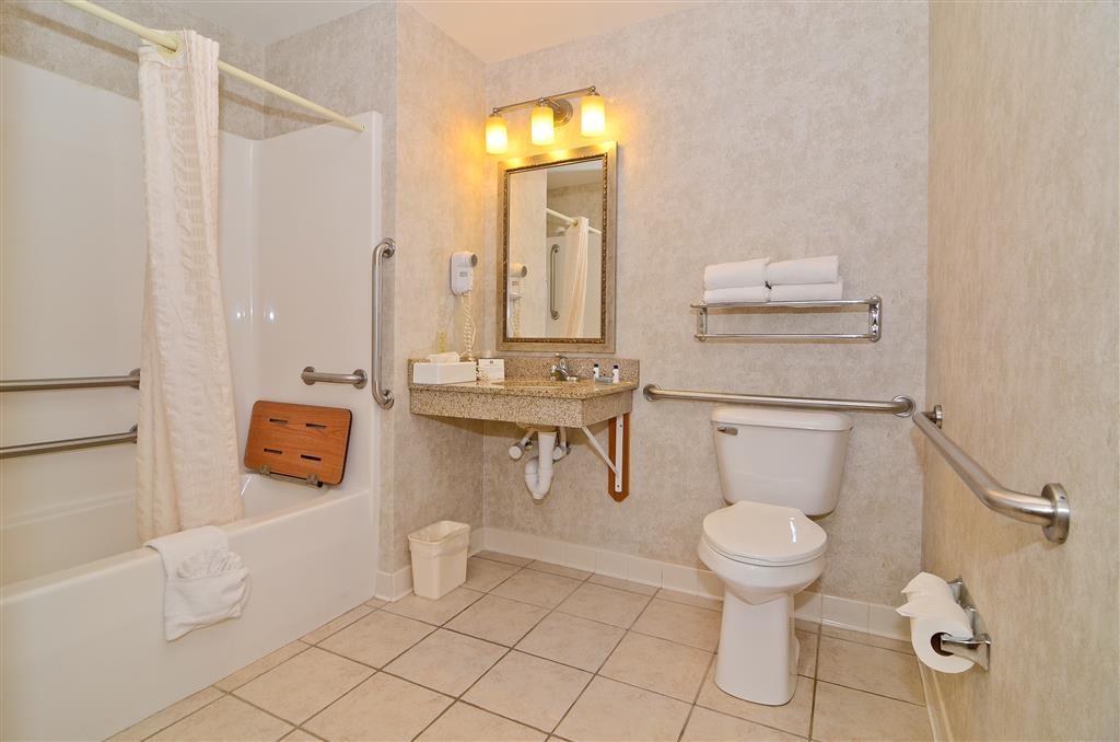 Best Western Wittenberg Inn - Cuarto de baño de clientes