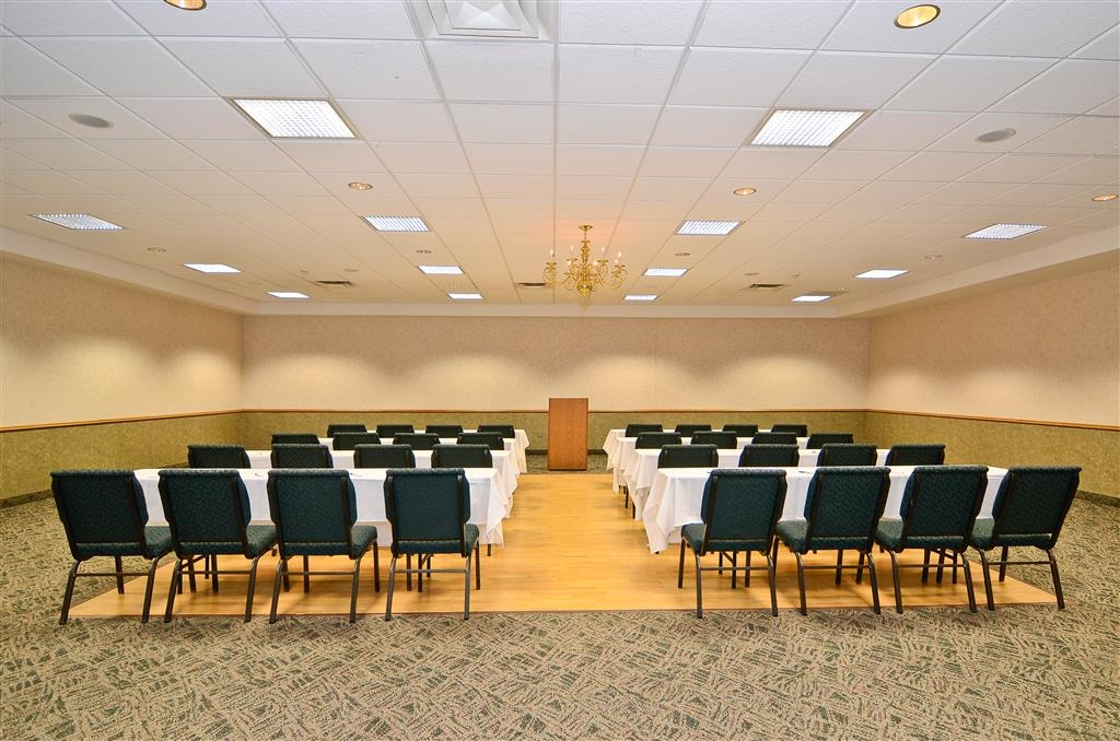 Best Western Wittenberg Inn - Our Northwoods Conference Center can accomodate any business, social or educational meetings. We will coordinate and set-up to your specifications.