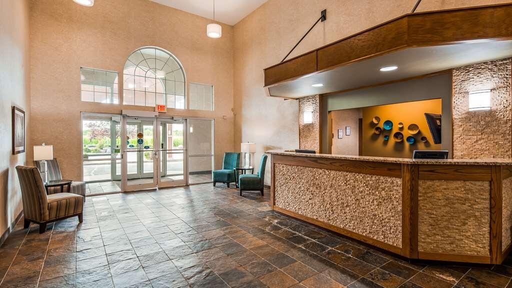 Best Western Wittenberg Inn - Hall