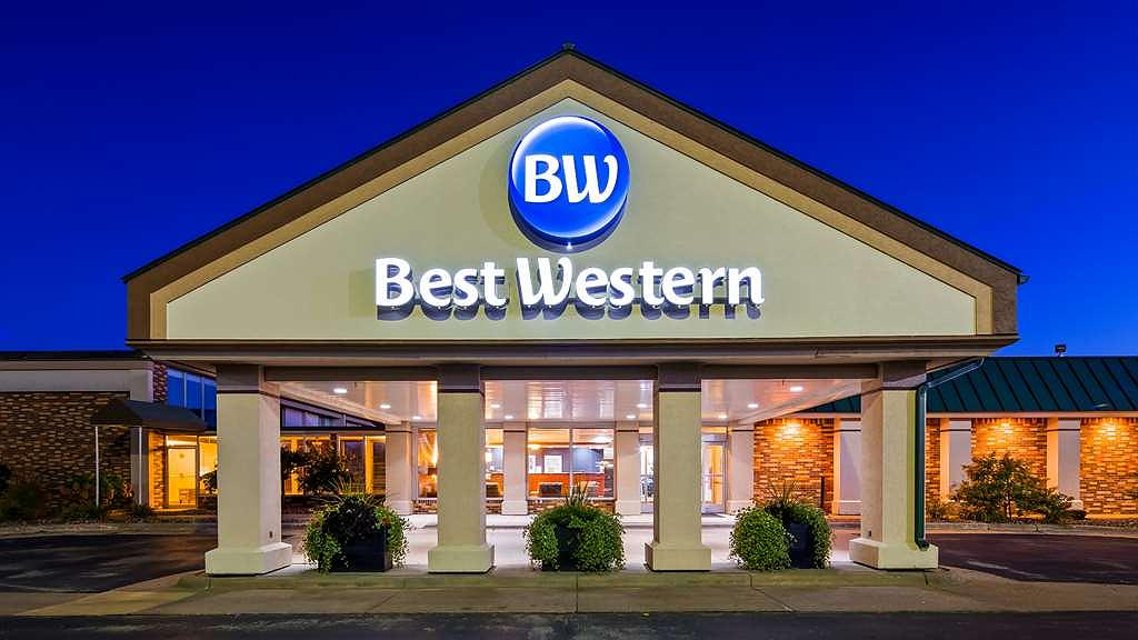 Best Western Tomah Hotel - Area esterna