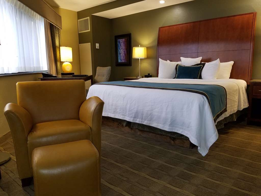 Best Western Premier Waterfront Hotel & Convention Center - Chambres / Logements