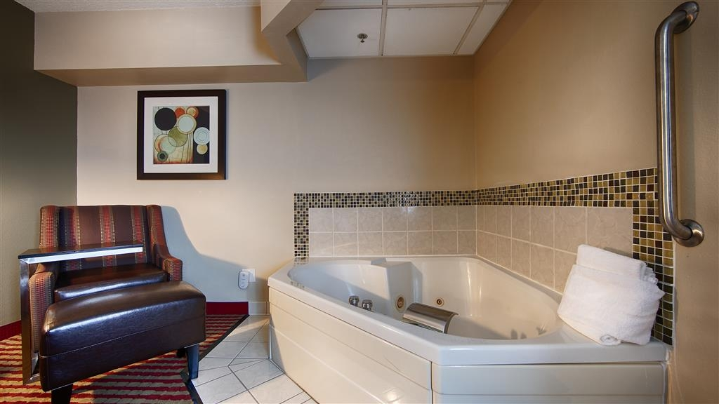 Best Western Germantown Inn - Know the true meaning of relaxation and book one of our hot tub suites!