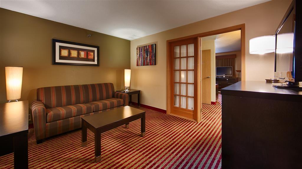 Best Western Germantown Inn - King Suite