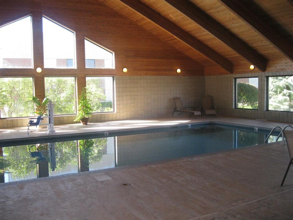 Best Western Germantown Inn - Indoor Swimming Pool