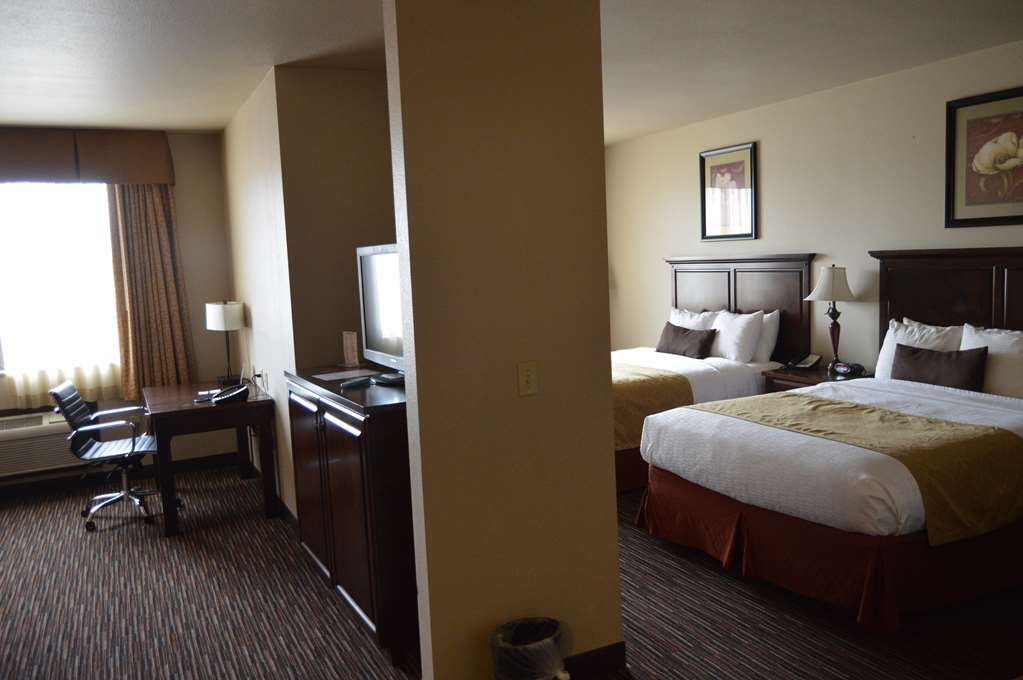 Best Western Plus Campus Inn - Family Suite with 2 Queen Bed Rooms and Living Room
