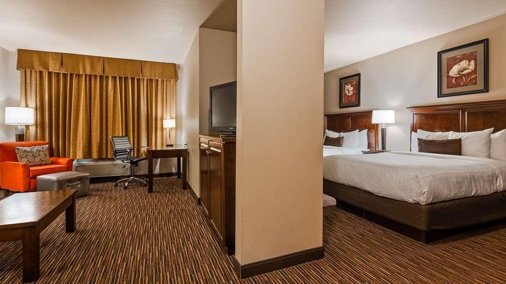Best Western Plus Campus Inn - Guest Room