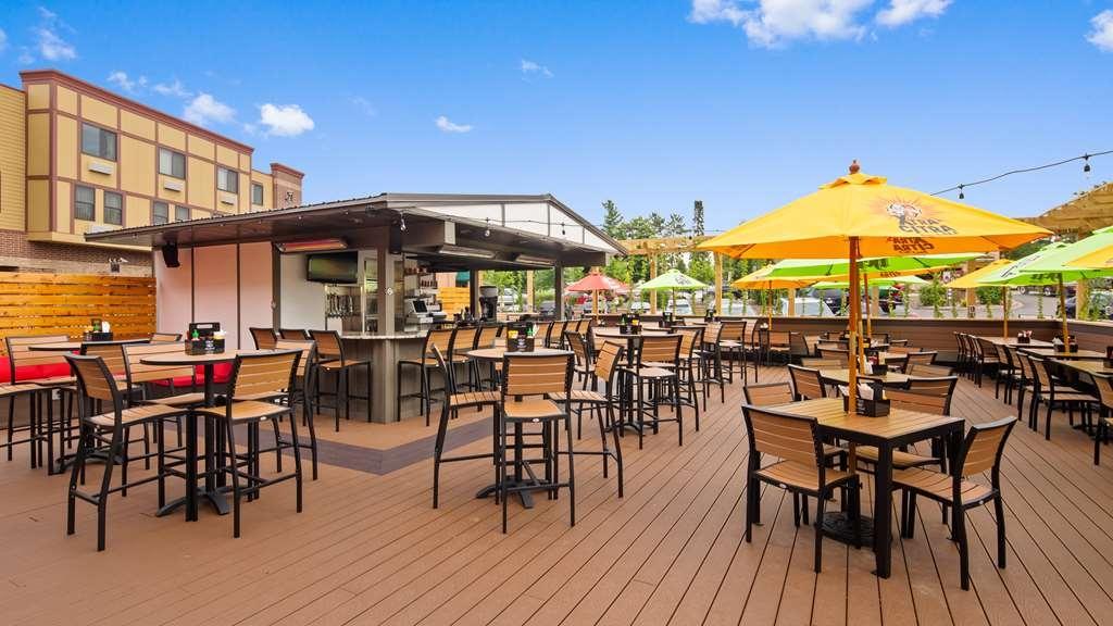 Best Western Plus Campus Inn - Restaurant