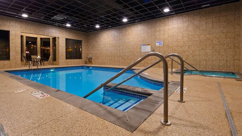 Best Western Plus Campus Inn - Pool