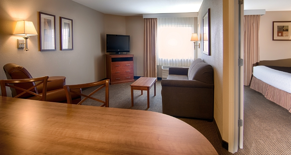 Best Western Plus Wausau-Rothschild Hotel - Suite