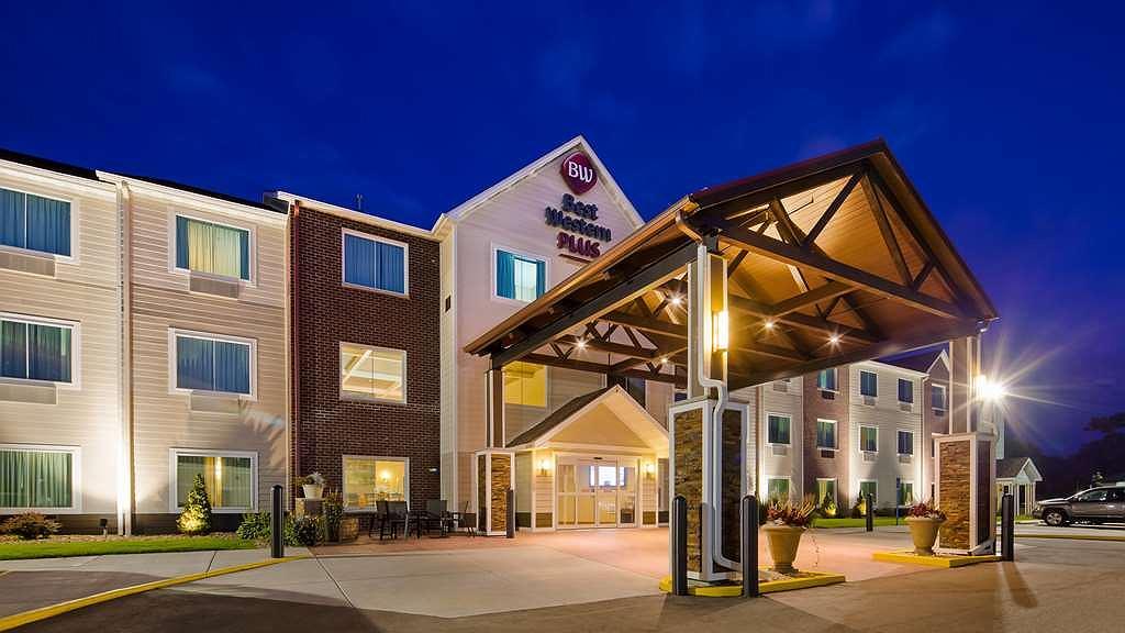 Best Western Plus Menomonie Inn & Suites - Aussenansicht