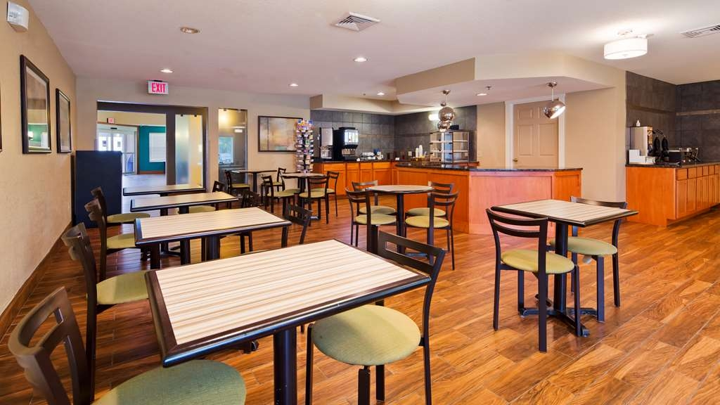 Best Western Plus Menomonie Inn & Suites - Restaurante/Comedor