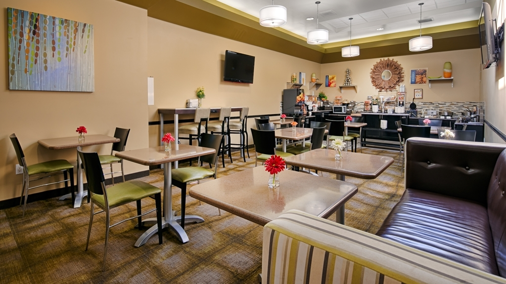 Best Western Canoga Park Motor Inn - Breakfast Bar