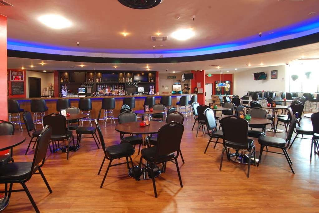 Best Western Canoga Park Motor Inn - Bar