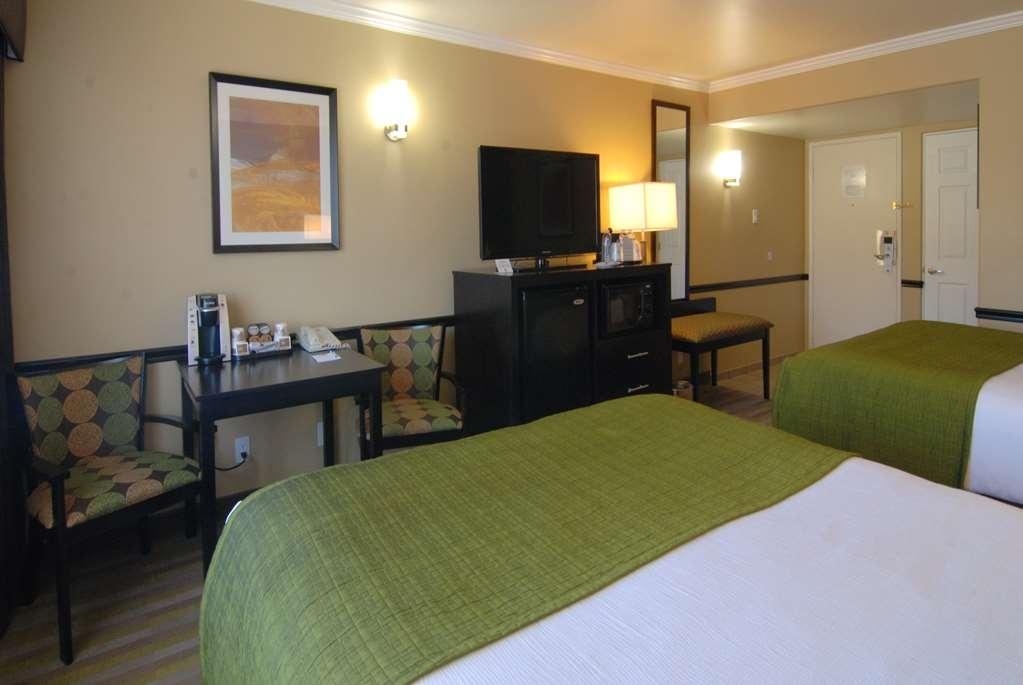 Best Western Canoga Park Motor Inn - Habitación