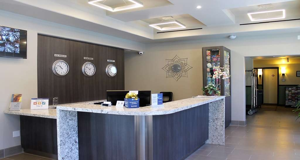 Best Western Canoga Park Motor Inn - Vue du lobby