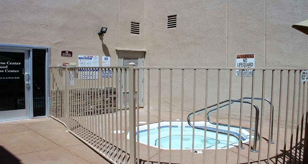 Best Western Canoga Park Motor Inn - Hotel Hot Tub